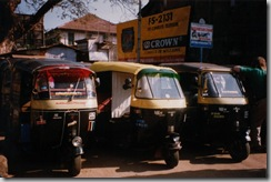 Auto_rickshaws_in_India