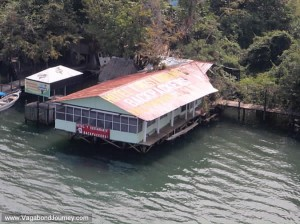 Backpackers Hotel / Hostel – Rio Dulce, Guatemala – Review and Warning